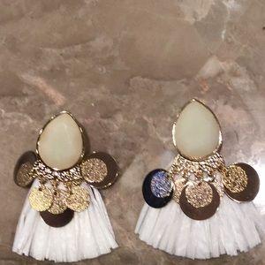 H&M NWOT white tassel earrings.